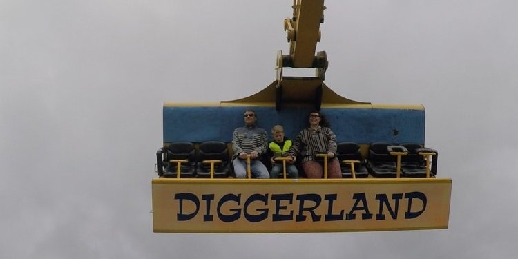 Report from Diggerland in the UK!
