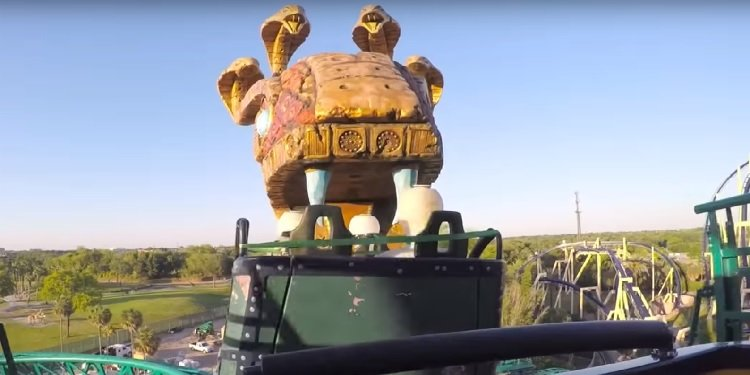 Full-Ride POV Video of Cobra's Curse!