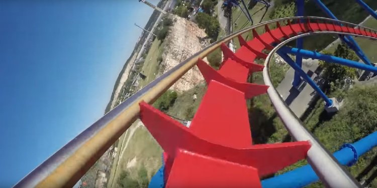 4K Front-Seat POV Video of Superman!