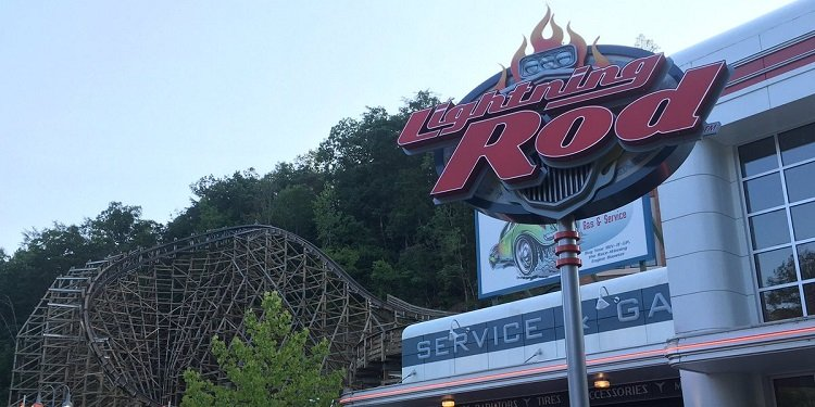 Robb & Elissa in the USA: Dollywood!