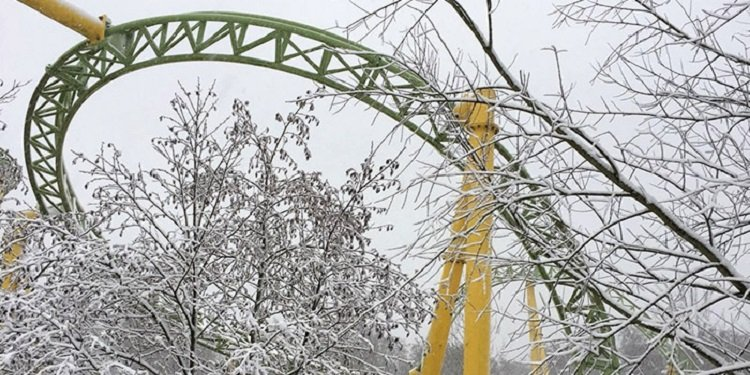 Photos of Roller Coasters in the Snow!